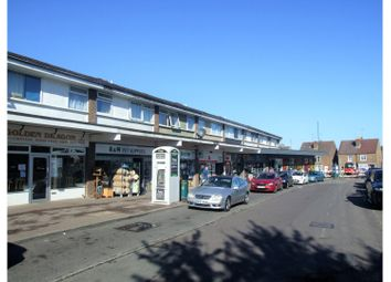 2 bed flat to rent in Fitzalan Road, Horsham RH13