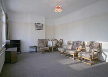 1 bed flat to rent in Chapel Road, Ilford IG1