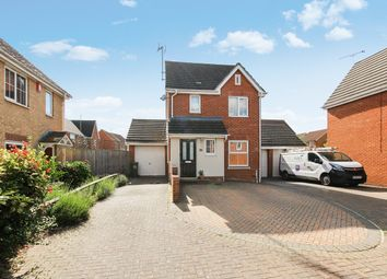 Thumbnail 3 bed detached house for sale in Mersea Crescent, Wickford