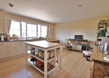 Thumbnail 2 bed flat to rent in Waterford Way, Wokingham, Berkshire