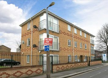 Wakefield Court, 30 Park Road, London E10. 2 bed flat