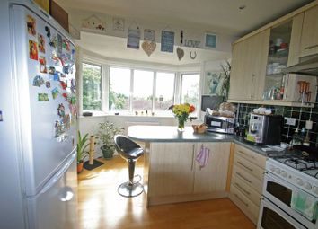 Thumbnail 2 bed property for sale in Queens Avenue, London