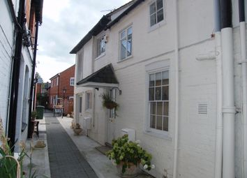 Thumbnail 4 bed flat to rent in Hart Street, Henley On Thames, Oxfordshire