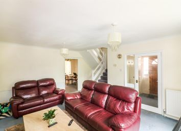 Thumbnail 4 bed link-detached house for sale in St. Ives Close, Digswell, Welwyn, Herts