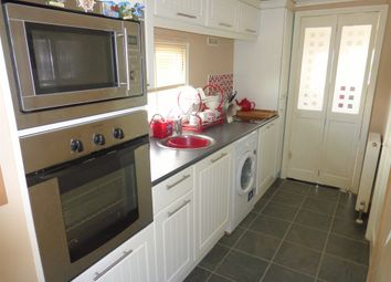 Thumbnail 2 bed mobile/park home for sale in Towngate East, Market Deeping, Peterborough