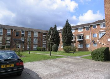 Thumbnail 2 bedroom flat to rent in Shurland Avenue, New Barnet, Barnet