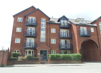Thumbnail 2 bed flat to rent in Haven Road, Exeter