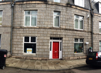 Thumbnail 1 bed flat to rent in Wallfield Place, Rosemount, Aberdeen, 2Jq