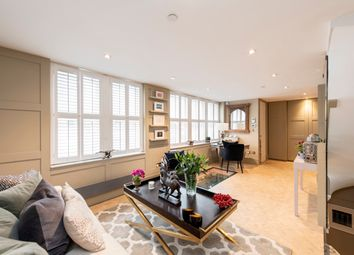 3 bed mews house for sale in Addison Place, London W11