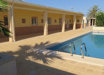 Thumbnail 4 bed villa for sale in Valencia, Alicante, Crevillente