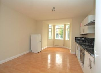 Thumbnail 1 bed flat to rent in Nova Road, Croydon
