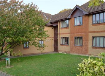 Thumbnail 2 bed flat for sale in Shaftesbury Way, Royston
