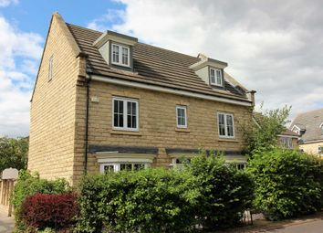 Thumbnail 5 bed detached house to rent in Birkhead Close, Kirkburton, Huddersfield