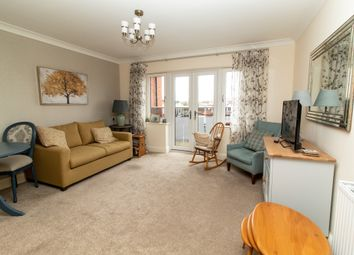 2 bed flat for sale in Cranleigh Drive, Leigh-On-Sea SS9