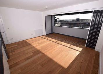 1 bed flat to rent in Elstree Way, Borehamwood, Hertfordshire WD6