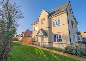 4 bed semi-detached house for sale in Linnet Way, Keynsham, Bristol BS31