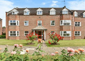 Thumbnail 2 bed flat for sale in York Mews, Alton