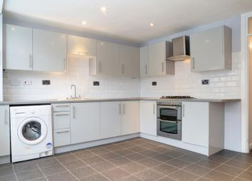 Thumbnail 4 bed town house to rent in Davern Close, London
