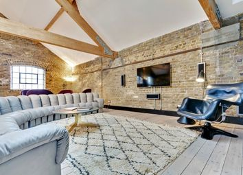 Thumbnail 2 bed flat to rent in Metropolitan Wharf, Wapping Wall, London