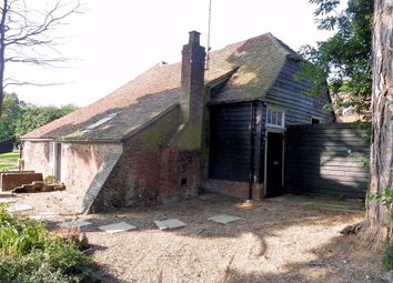 Thumbnail 2 bed barn conversion to rent in Houblons Hill, Coopersale Street, Epping