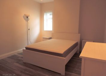 Thumbnail Room to rent in Griffin Road (House Share), Plumstead