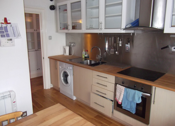Thumbnail 1 bedroom flat to rent in Giles Street, Leith, Edinburgh