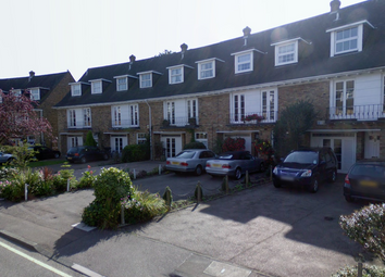 Thumbnail 1 bedroom flat to rent in Theydon Grove, Epping