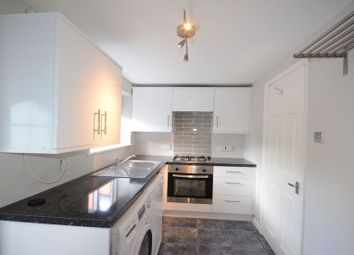 Thumbnail 2 bed flat to rent in Priest Hill, Caversham, Reading