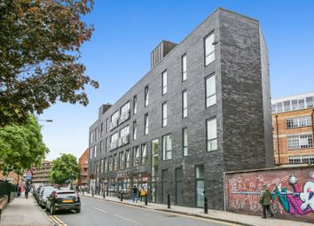 Thumbnail 1 bed flat to rent in Hanbury Street, Spitalfields, London