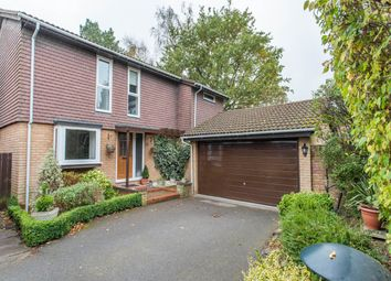 Thumbnail 4 bed property to rent in Beaufort Gardens, Ascot