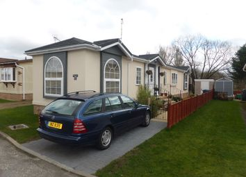 Thumbnail 3 bed mobile/park home for sale in Burway Crescent, Penton Park, Chertsey