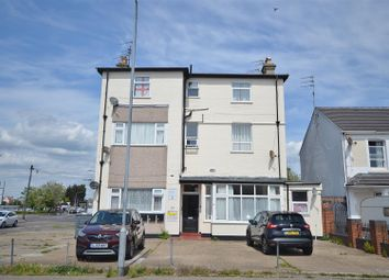 1 bed flat for sale in West Avenue, Clacton-On-Sea CO15