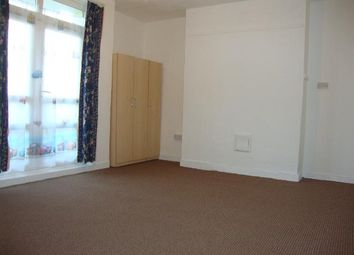 Thumbnail 4 bed flat to rent in Retreat Place, Homerton, London