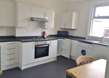 Thumbnail 3 bed flat to rent in Castle Road, Southsea
