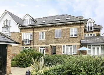Thumbnail 2 bed flat to rent in Kingston Vale, London