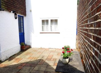 Thumbnail 2 bed flat to rent in High Street, Lindfield, Haywards Heath
