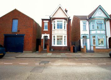 Thumbnail 3 bed detached house to rent in Aspley Road, Bedford