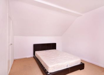 Thumbnail 2 bedroom flat to rent in Victoria Road, East Barnet