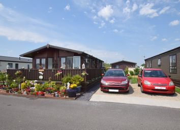 Thumbnail 2 bed mobile/park home for sale in Vinnetrow Road, Runcton, Chichester, West Sussex