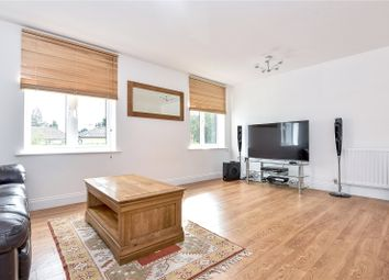Thumbnail 4 bed town house to rent in Oldfield Road, Maidenhead, Berkshire