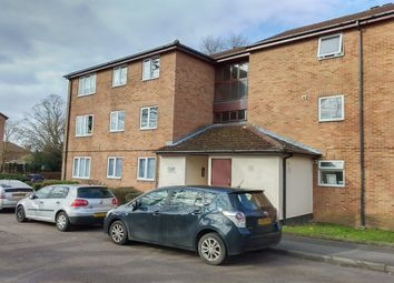 2 bed flat to rent in Chessington Hall Gardens, Chessington KT9