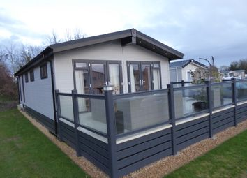 Thumbnail 2 bed mobile/park home for sale in Hoburn Cotswold Park, Broadway Lane, South Cerney, Gloucestershire
