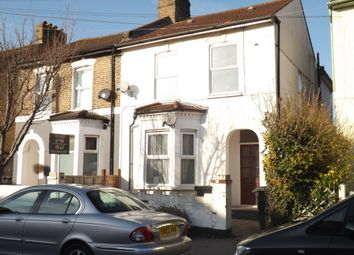 Thumbnail 2 bed flat to rent in Apsley Road, South Norwood