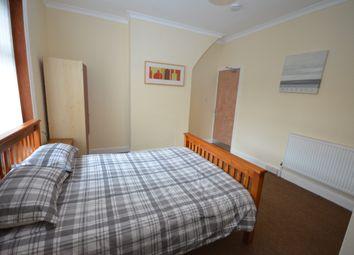Thumbnail Studio to rent in Large Bedsit, Dove Lane, Darwen