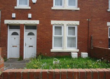 Thumbnail 2 bedroom flat to rent in Queen Street, Ashington
