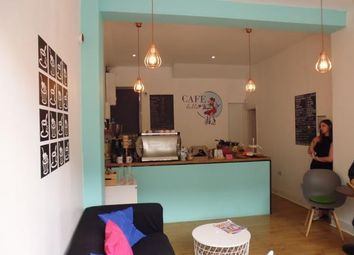 Thumbnail Retail premises to let in Earls Field, London