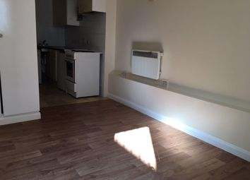 Thumbnail Studio to rent in Radstock Road, Woolston, Southampton