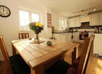 Thumbnail 2 bed flat for sale in Tingle View, Leeds
