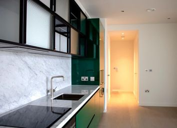 2 bed flat to rent in Wards Place, Canary Wharf E14