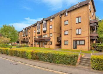 Thumbnail 3 bed flat to rent in Hawkshill, Dellfield, St.Albans